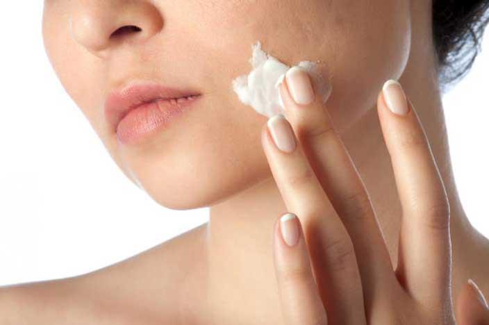 ニキビケア化粧品のおすすめ!皮膚科医も効果を実感したニキビ用化粧品は?